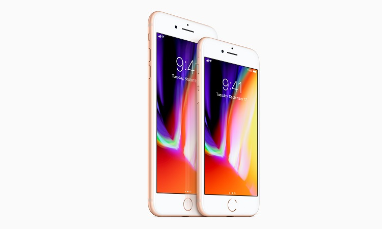 2017-09-14 Apple iPhone8plus_and_iPhone8_front (75