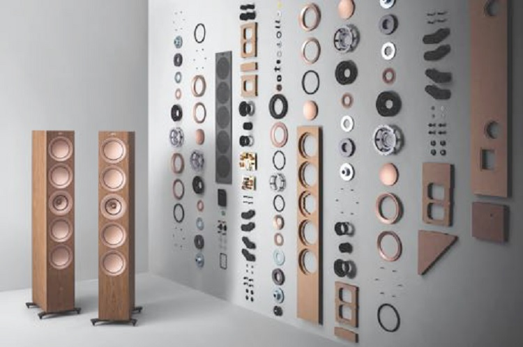 Nieuwe KEF R Series The only thing that remains the same is the name