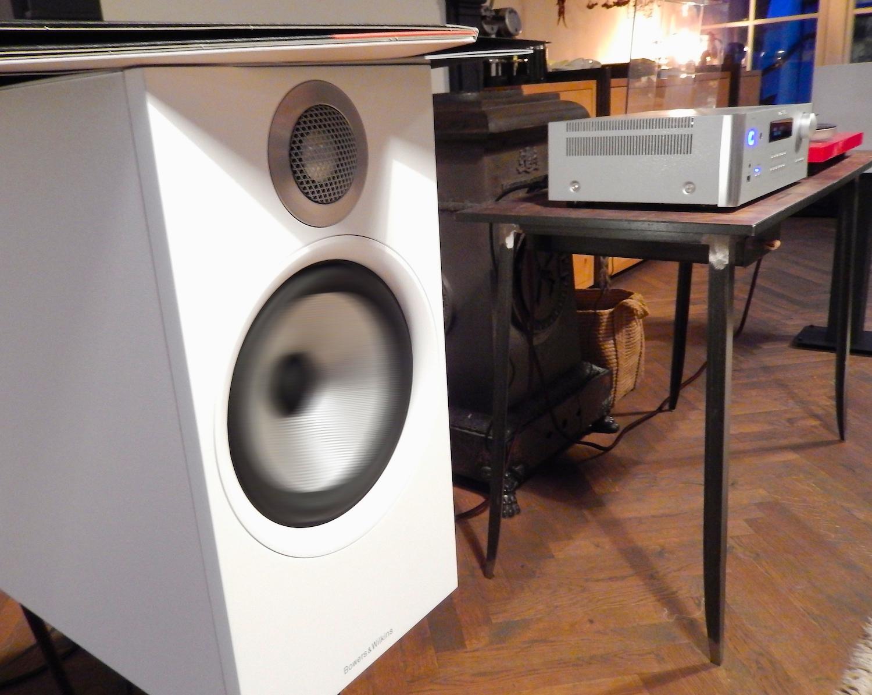 verslag nieuwe generatie bowers wilkins 600 serie. Black Bedroom Furniture Sets. Home Design Ideas