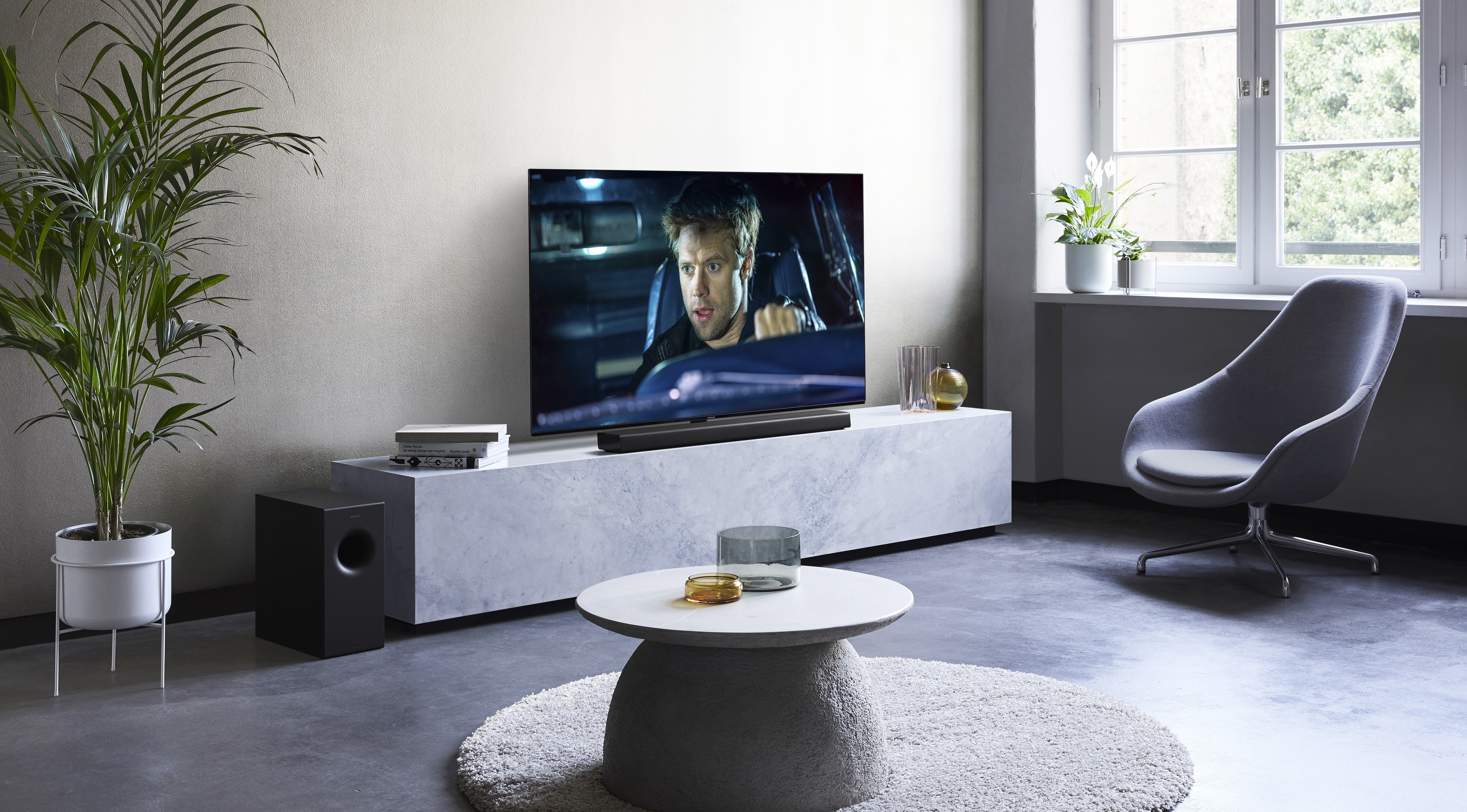 Panasonic Tv Meubel.Panasonic Presenteert Nieuwe Soundbars Sc Htb600 En Sc Htb400