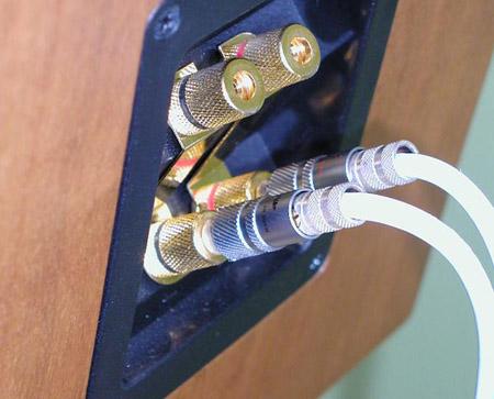 ATC SCM12 luidsprekers (c) Xingo (c) Xingo (c) Xin