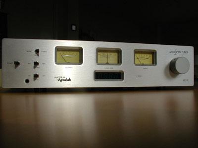 Magnum Dynalab MD-90 Analog FM Tuner & ST-2 Omni-D