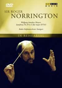 Norrington eigenzinnig dirigent
